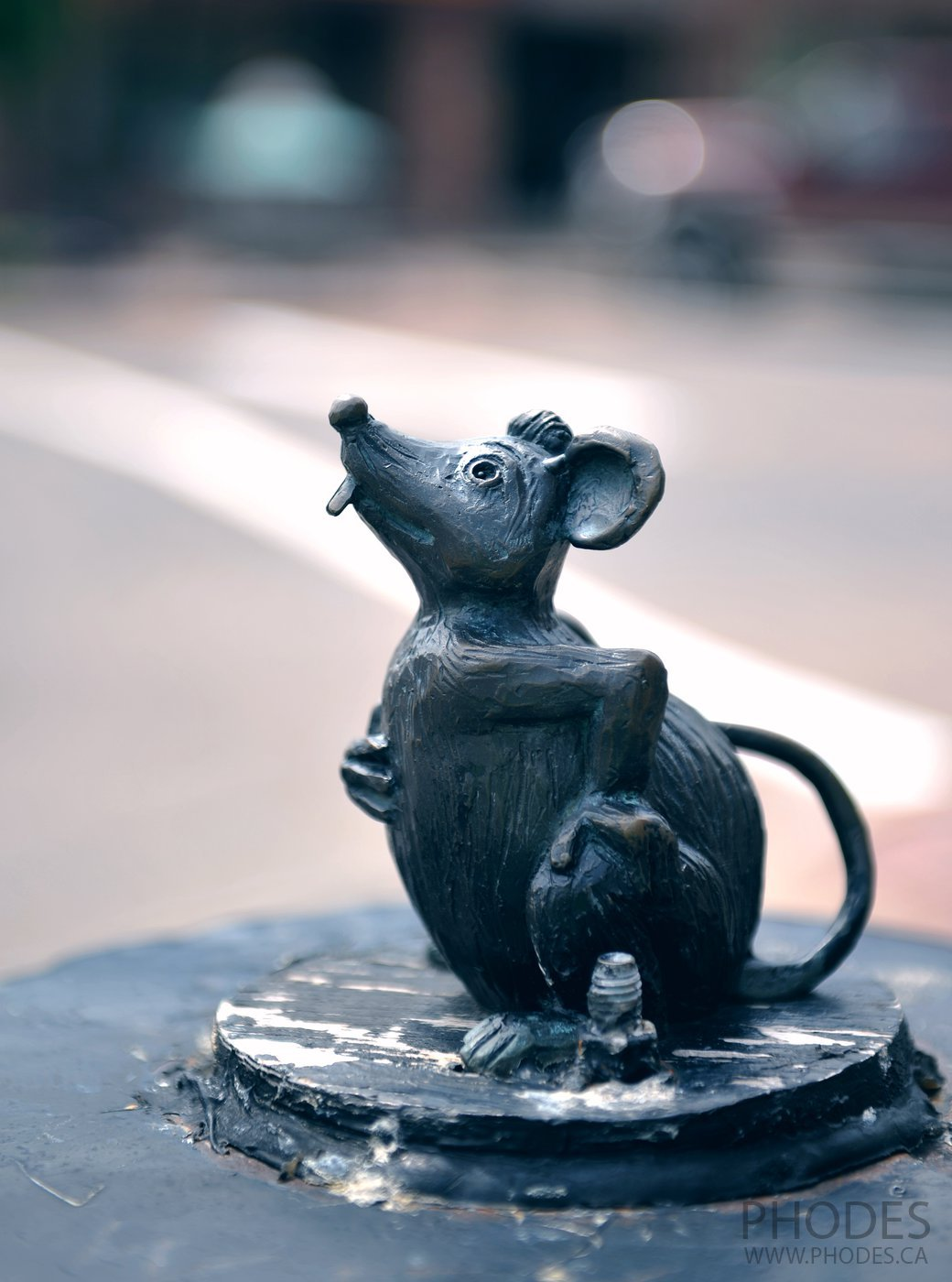 Eckhart mouse statue in Charlottetown