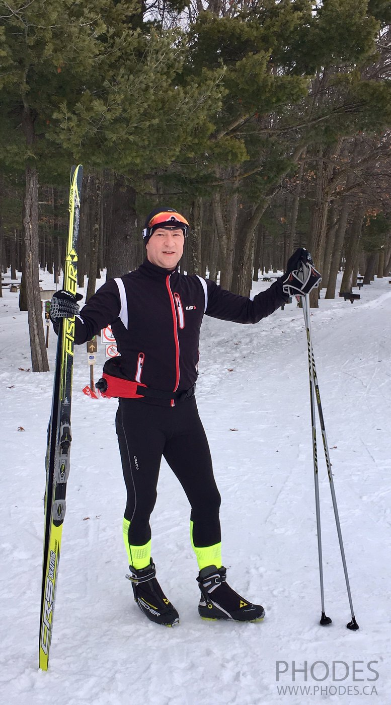 Cross country skate skiing in National Park Oka