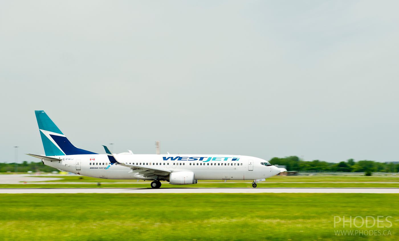 WestJet plane before taking off - Airport Montreal Trudeau