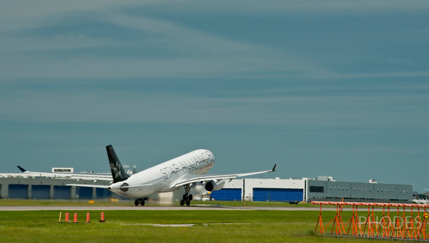 Décollage de l'avion Star Alliance - Aéroport Montréal Trudeau